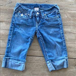 True Religion Size 25 Capri Shorts